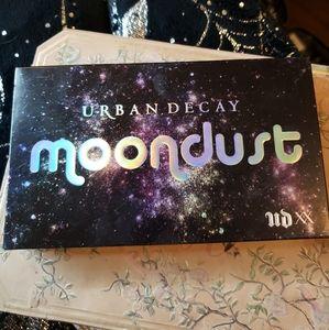 NIB urban decay moon dust pallet